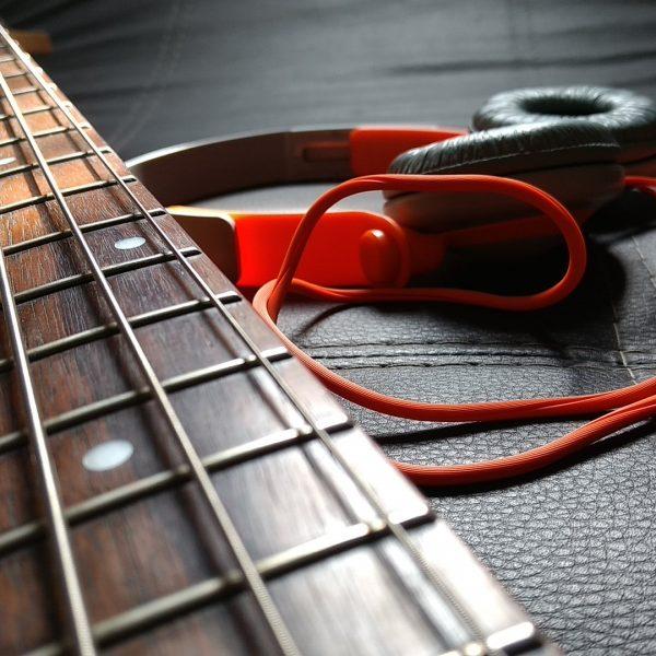 Quiero aprender a tocar el bajo