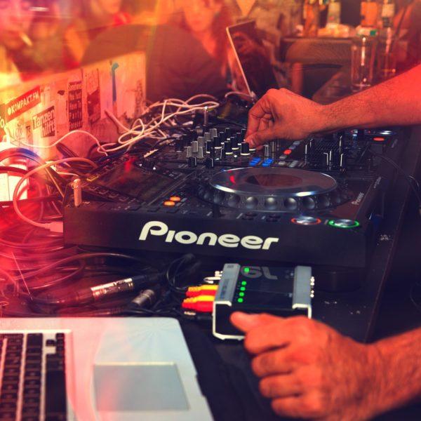 Clases de DJ
