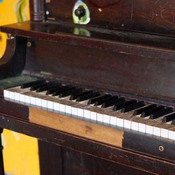 Clases de piano en nuestra escuela de música en Madrid
