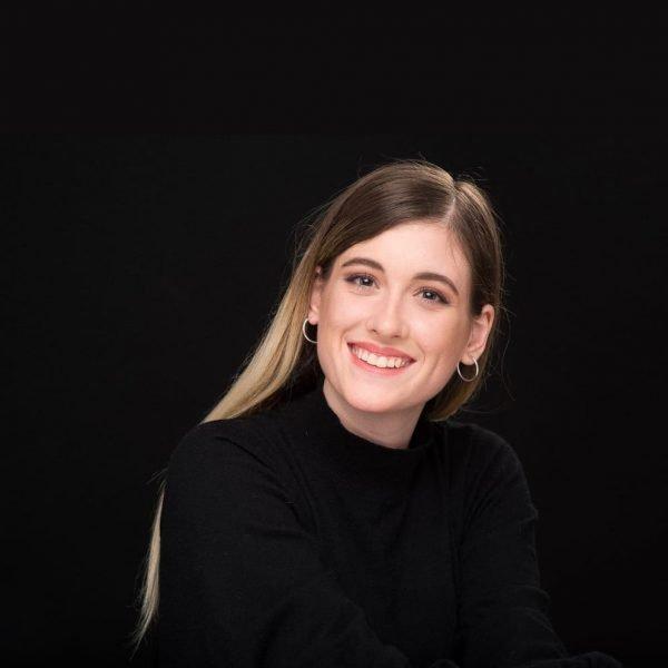 Paula Lencina, profesora de canto